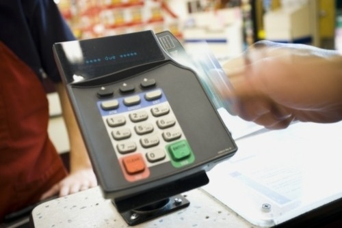 Companies are using POS systems with loyalty services to boost customer satisfaction.